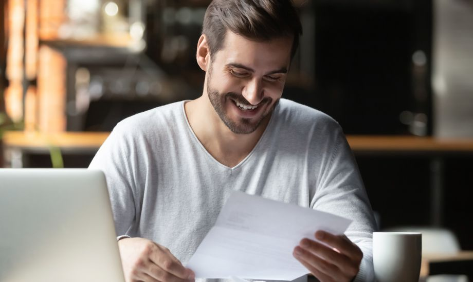 what is a letter of credit - satisfied business owner with a letter of credit